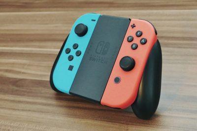 La console de jeu hybride Nintendo Switch - Rue Montgallet